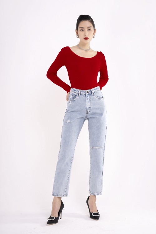 Sixdo Wide-necked Knit Top