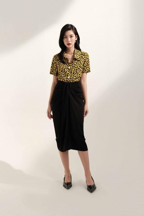 Sixdo Split-front Midi Silk Skirt