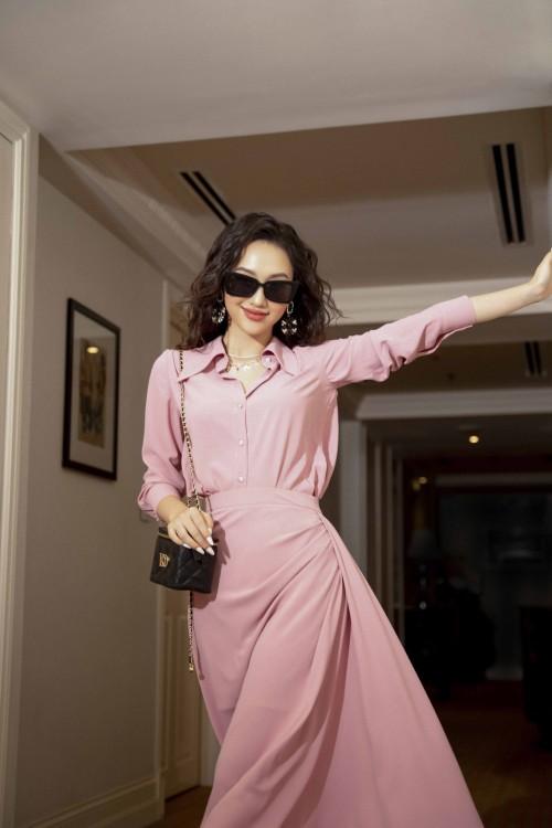 Sixdo Pink Midi Silk Skirt