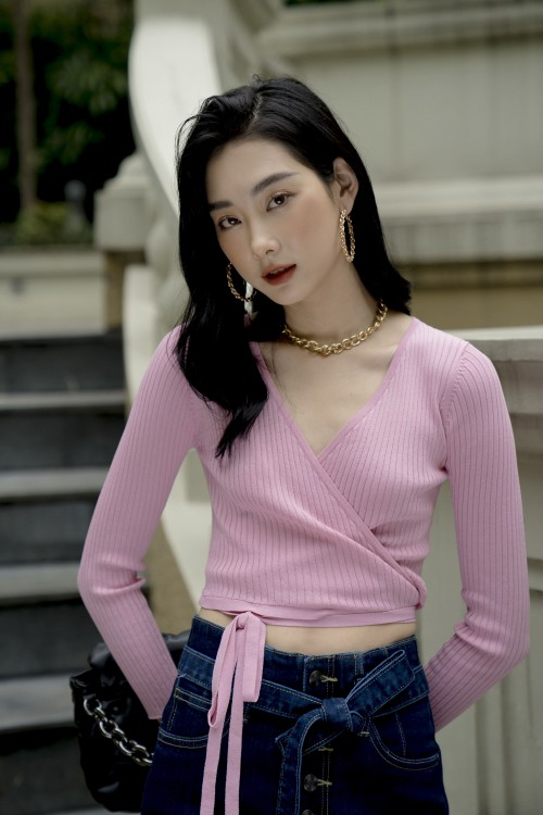 Sixdo Alluring Knitted Top