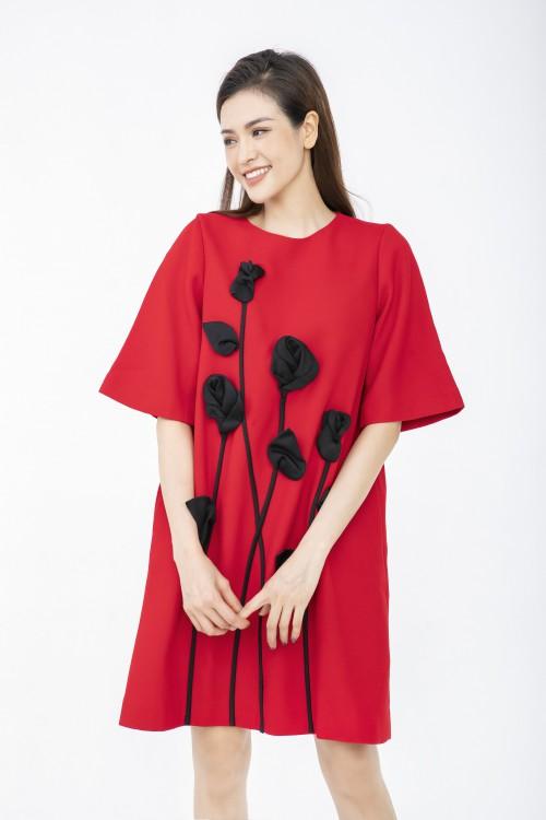 Sixdo Đầm suông phối hoa DL42-12